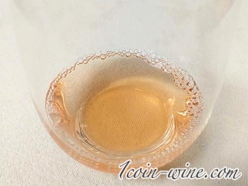 ファミマ ロゼ・ダンジュー フィリップ・デュヴァルのワインの色