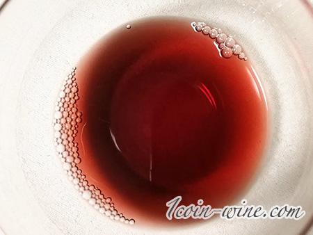 コノスル ビシクレタ・レゼルバ ピノノワール ファミマ2019ワインの色