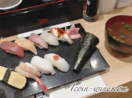 牡蠣とワイン立喰い すしまる 大阪 なんばウォーク店 握りランチ¥880